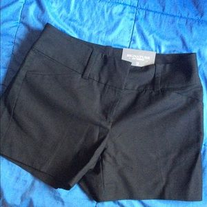 Ann Taylor Signature Short